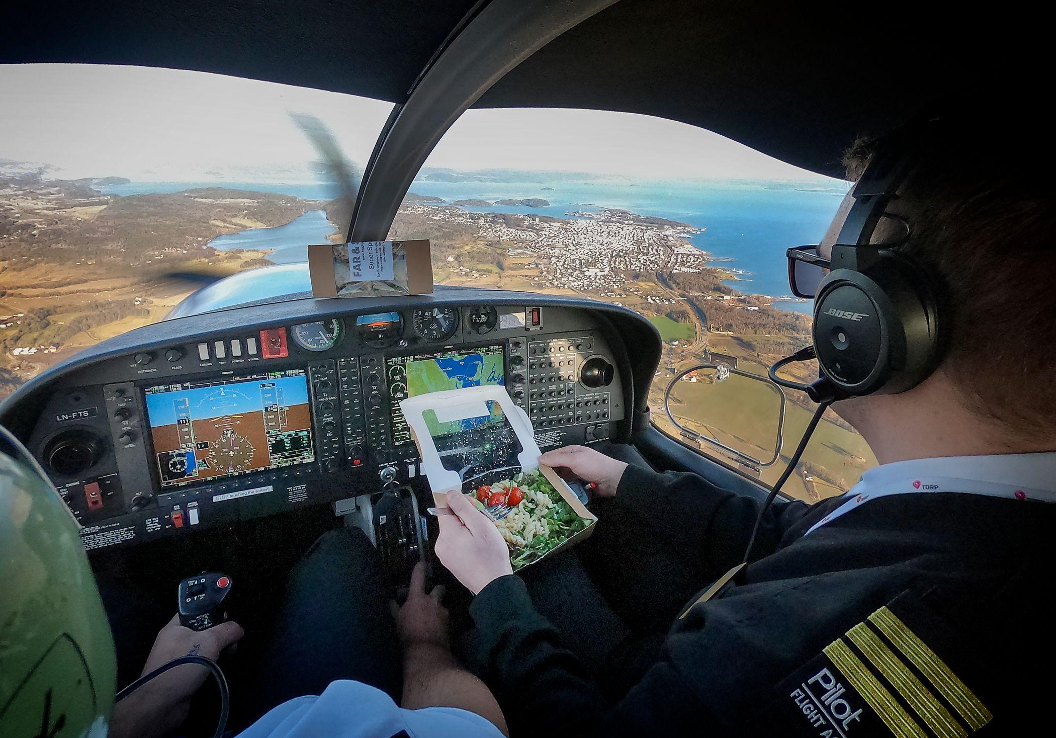 Pilot003.jpg