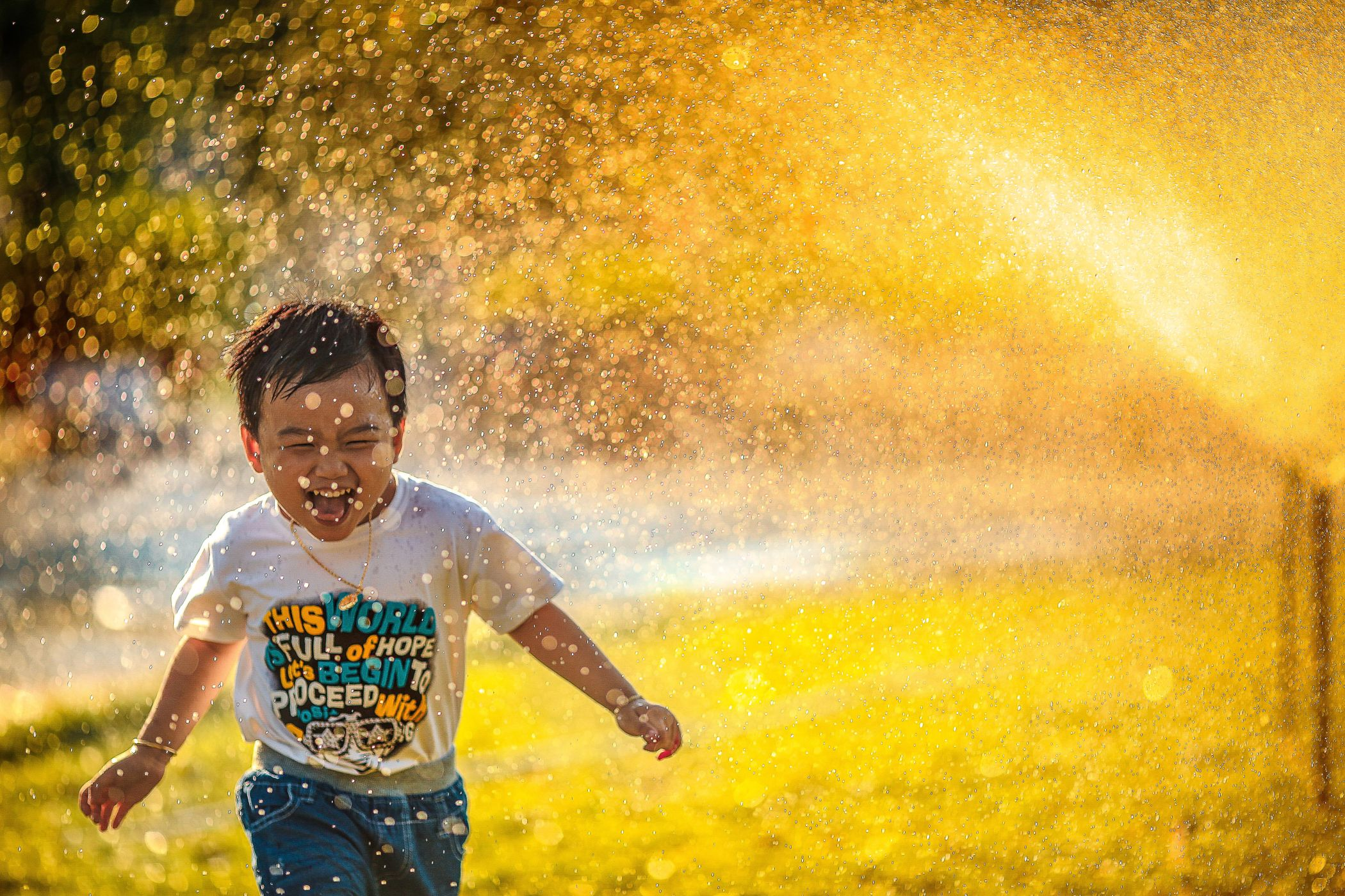 People in nature, Smile, Sky, Sunlight, Child, Fun, Happy, Green, Yellow