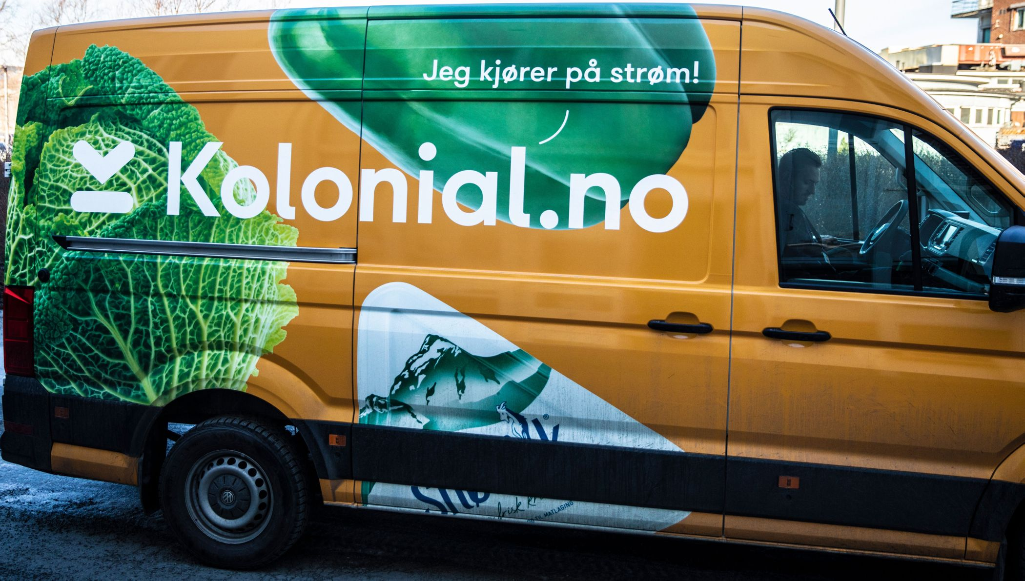 kolonial-bil-front kopi.jpg