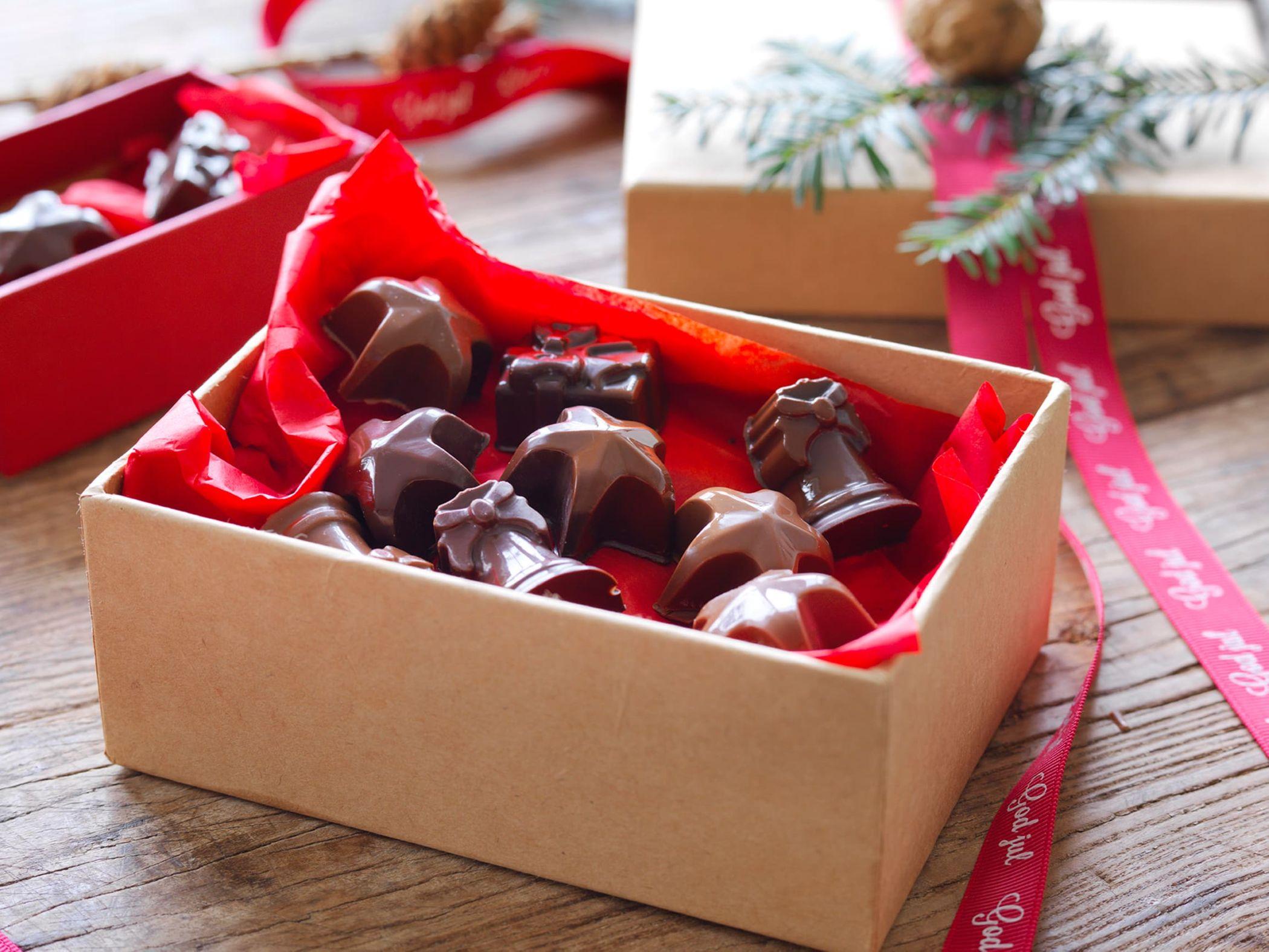 hjemmelaget-konfekt-og-sjokoladetrofler.jpeg