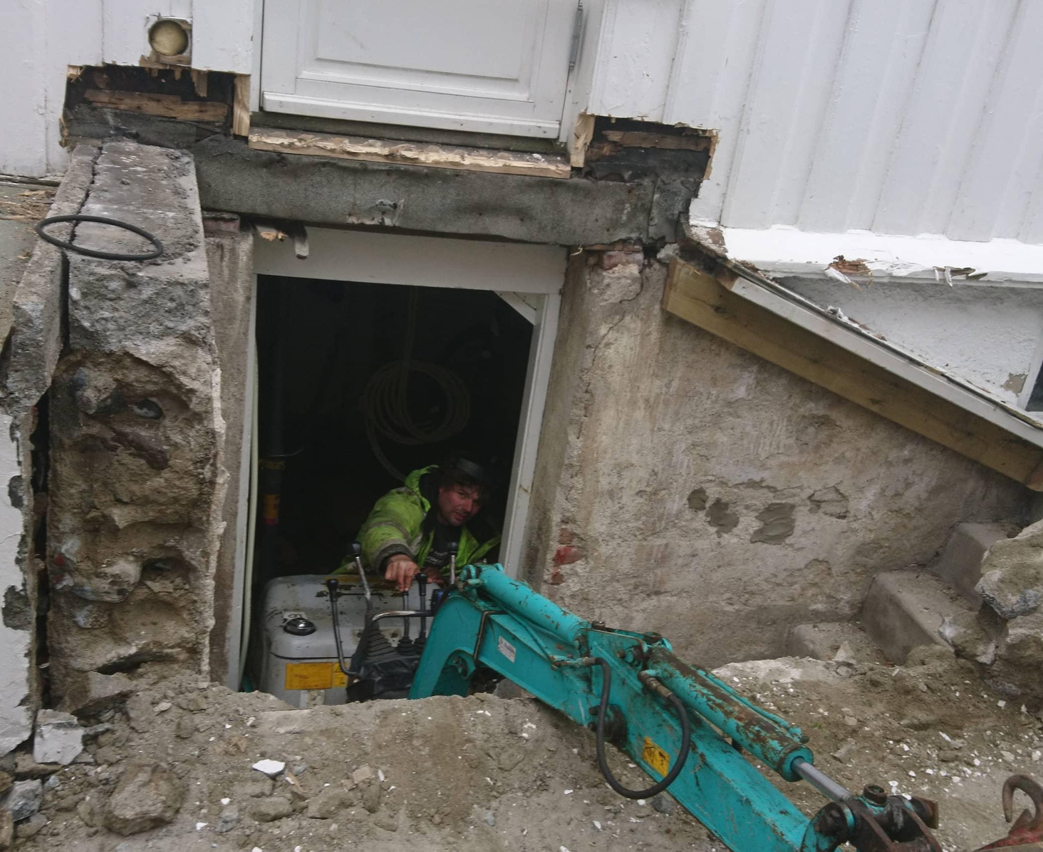 3. Minigraver i kjeller_liggende.jpg